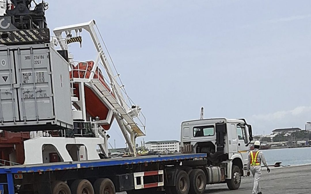 Vessel for mining industry safely discharged